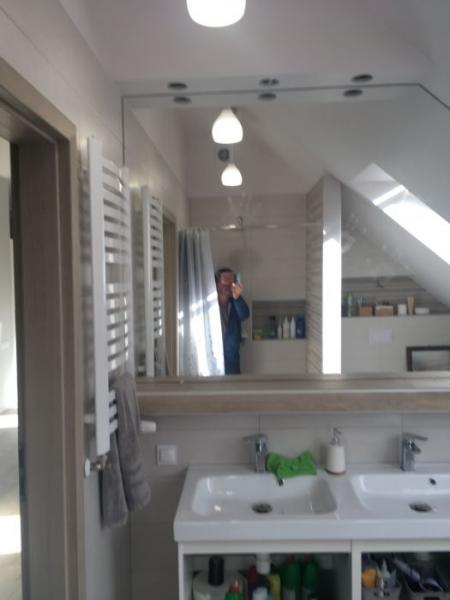 szklo w mieszkaniu 22